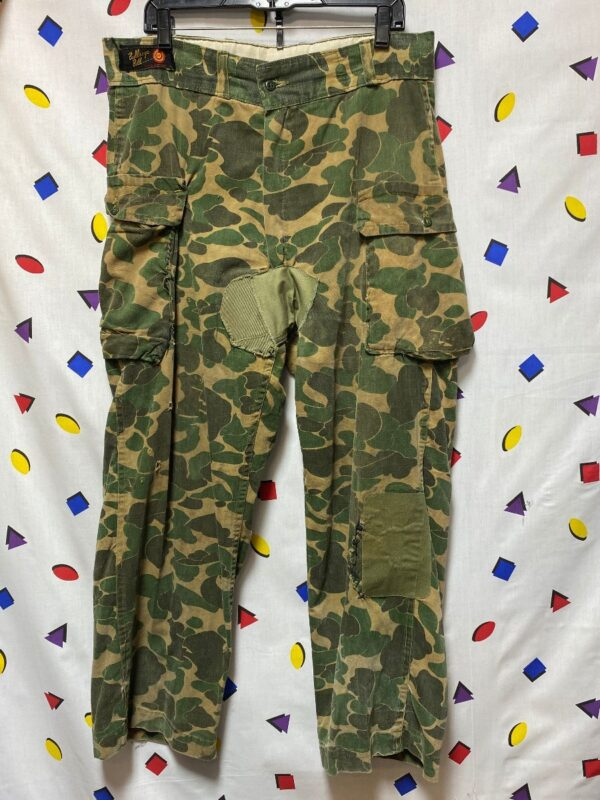 product details: DISTRESSED CAMOUFLAGE PANTS THICK CARGO POCKETS HAND-SEWN KNEE & CROTCH PATCH photo