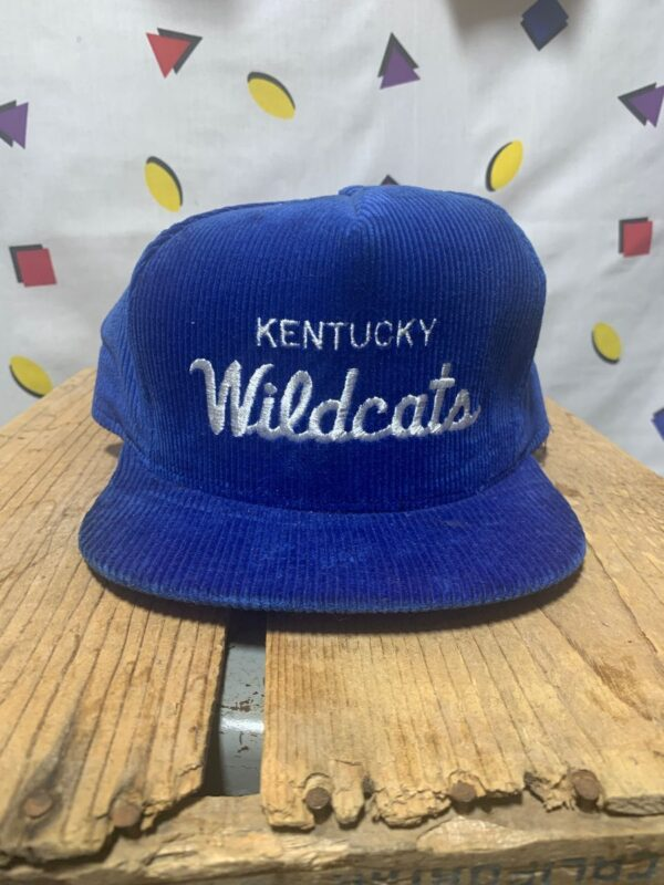 product details: NCAA KENTUCKY WILDCATS CORDUROY SNAPBACK HAT AS-IS photo