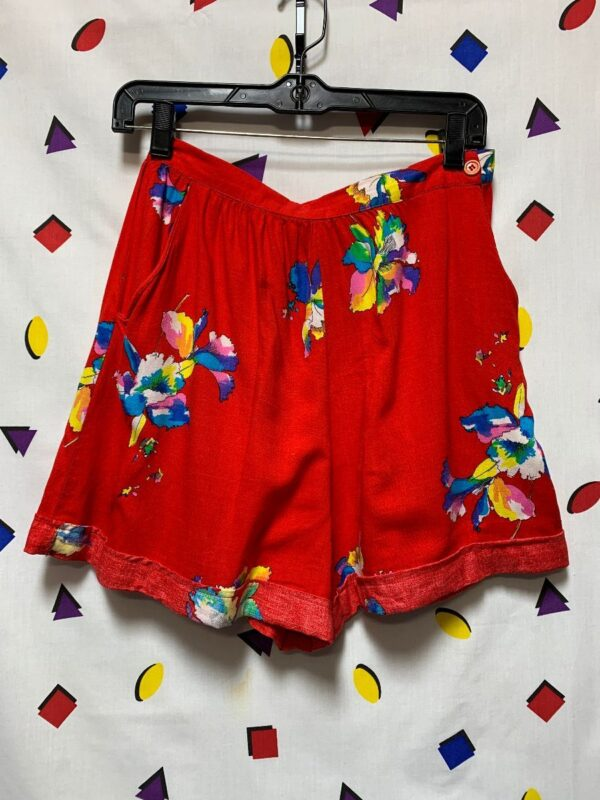 product details: VINTAGE TROPICAL PRINT SOFT RAYON ] HEMMED SHORTS AS-IS photo