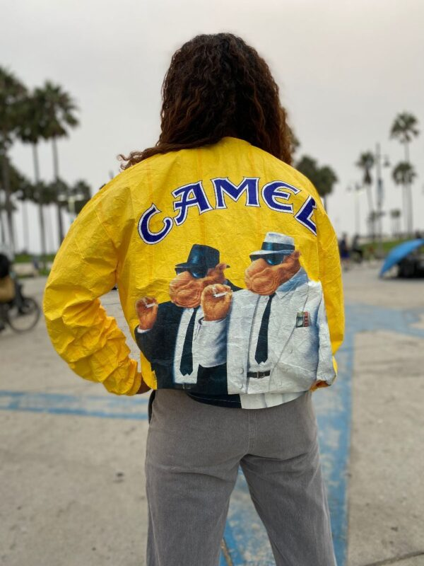 product details: JOE CAMEL THIN PAPER JACKET WINDBREAKER WITH COLLAR 2 CAMELS SMOKING ON BACK photo