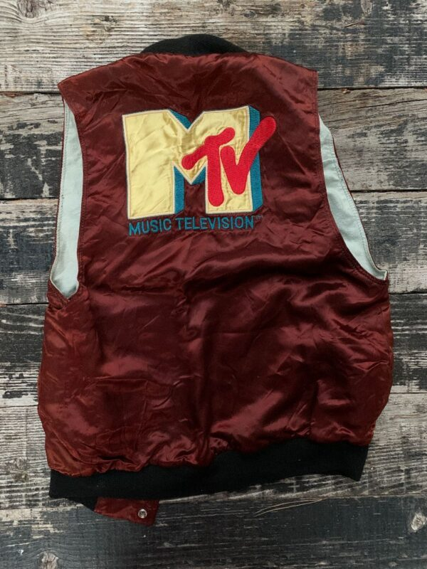 product details: VINTAGE 1980S REWORKED CUSTOMIZED EMBROIDERED MTV ACETATE SNAP BUTTON VEST KNIT photo