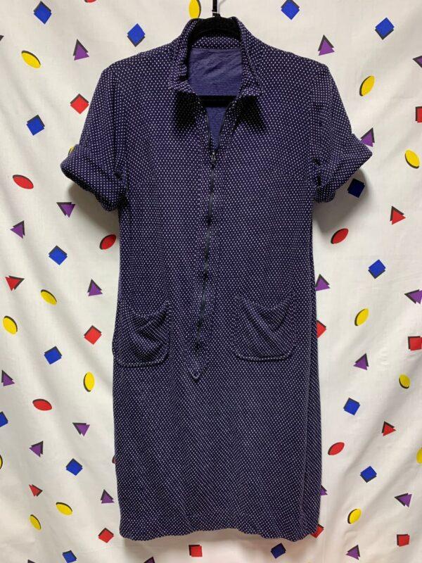 product details: ADORABLE 1960S SHORT SLEEVE POLKA DOT ZIP UP KNIT POCKET SHIRT DRESS photo