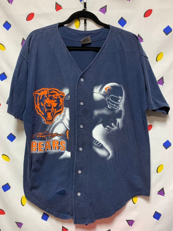 product details: NFL CHICAGO BEARS BUTTON UP GRAPHIC COTTON BASEBALL JERSEY AS-IS photo