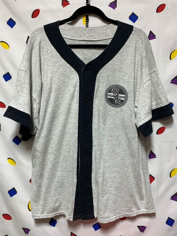 product details: MLB CHICAGO WHITESOX GRAPHIC BUTTON UP COTTON BASEBALL JERSEY HOME RUN TEAM AS-IS photo