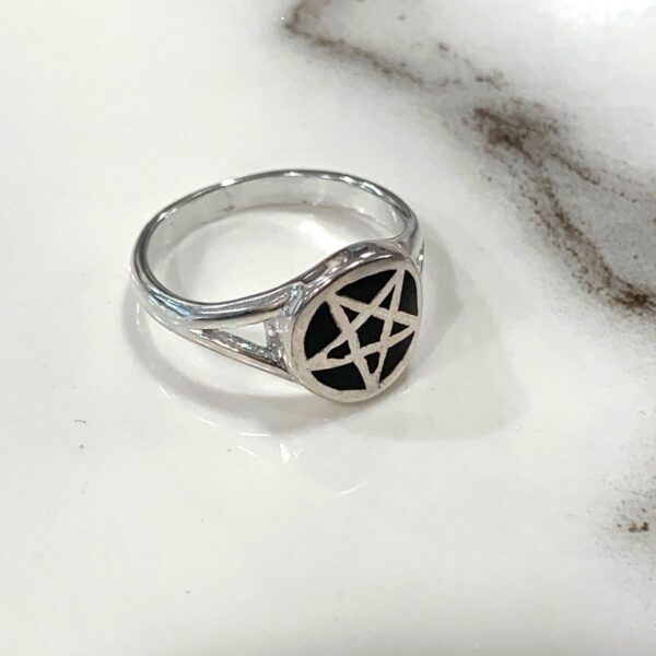product details: PENTAGRAM STAR JET BLACK INLAY RING photo