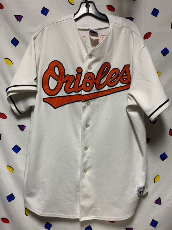product details: MLB ORIOLES JERSEY SS BD FRONT TEAM NAME PATCH BACK ROBERTS 1 photo