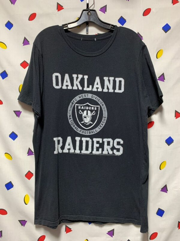 product details: NFL OAKLAND RAIDERS T-SHIRT AS-IS photo