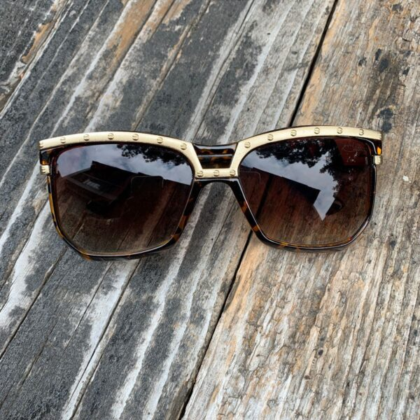 product details: OVERSIZED SQUARE CAZAL STYLE TORTOISE SUNGLASSES GOLD SCREW DETAIL FRAME photo