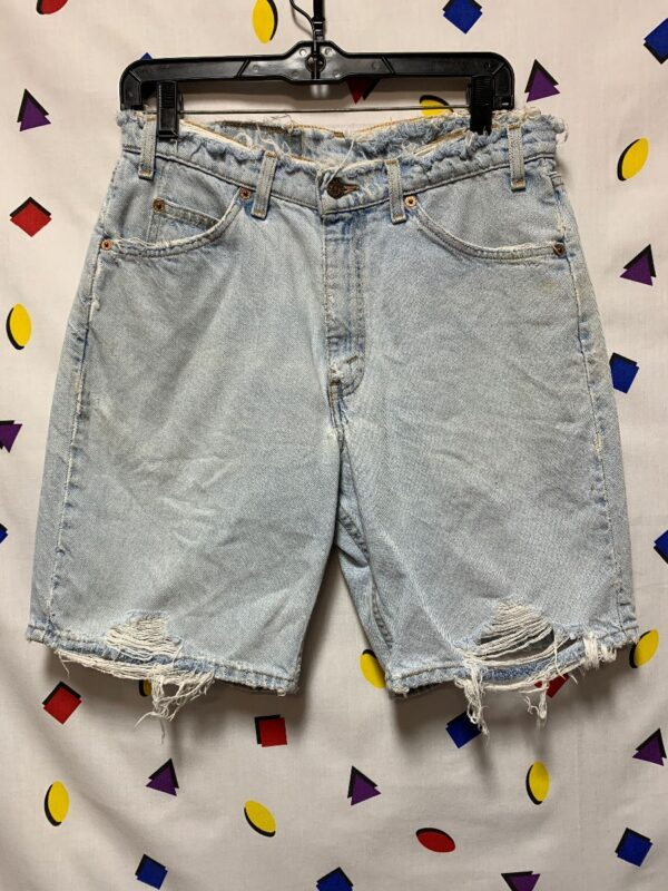 product details: RAD DISTRESSED WAIST AND HEM LEVIS DENIM SHORTS photo