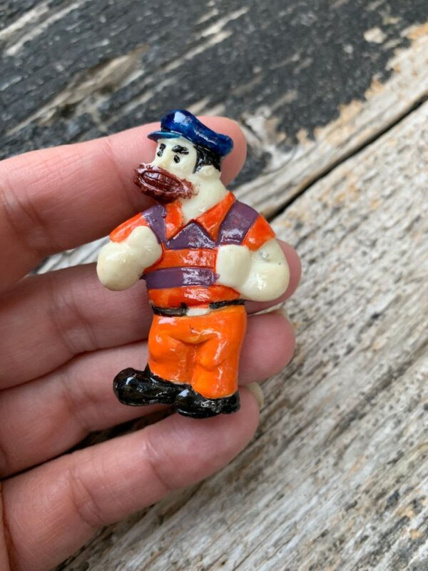 product details: BRUTUS POPEYE THE SAILOR MAN AND PALS PLASTIC FIGURINE PIN photo