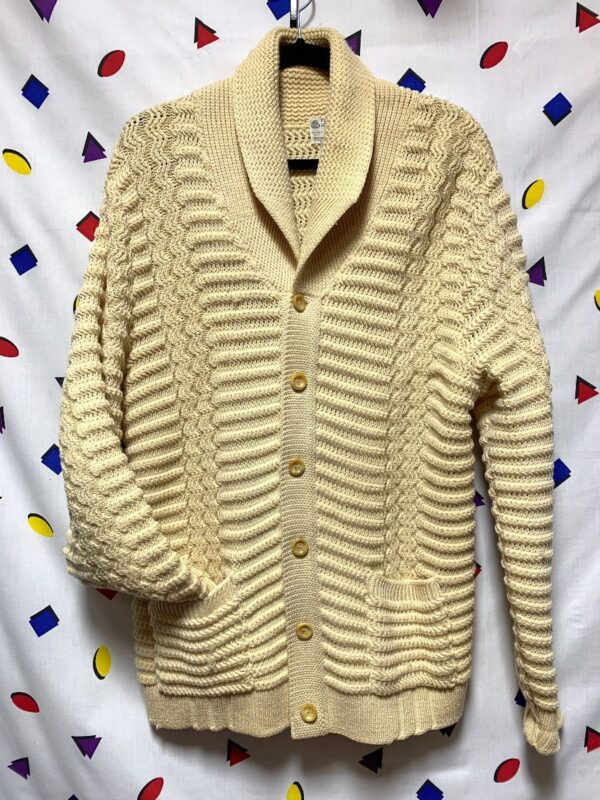 product details: RETRO VIRGIN WOOL SIX BUTTON CHUNKY KNIT CARDIGAN SWEATER WITH FRONT HIP POCKETS photo