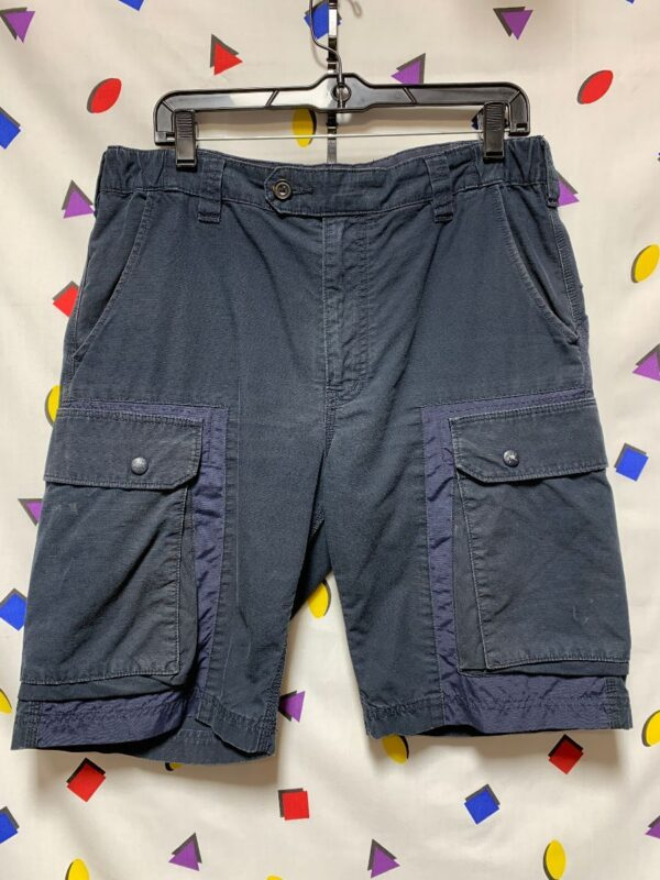 product details: CARGO SHORTS WITH SNAP POCKETS AND ZIPPER FLY photo