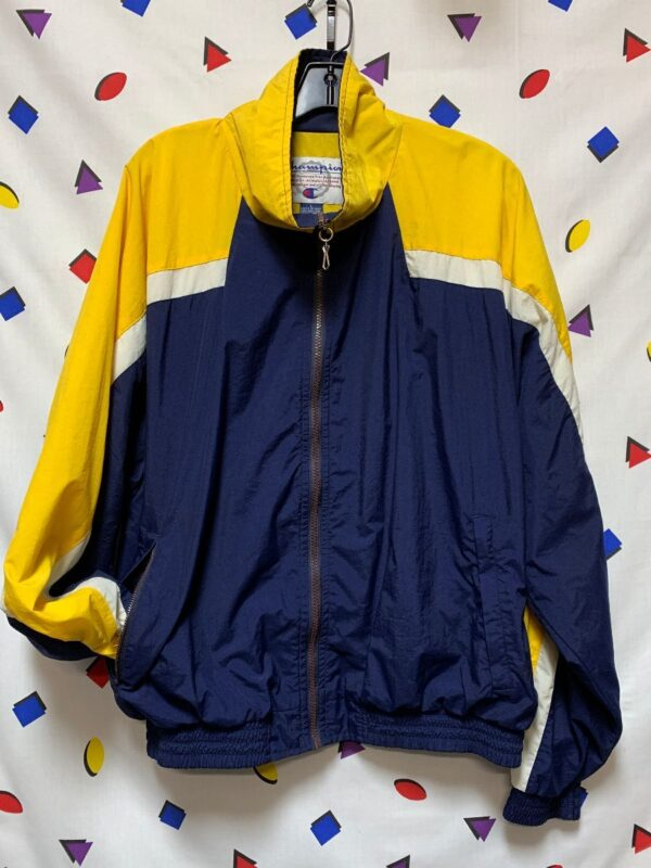 product details: VINTAGE 90S WINDBREAKER WITH ZIPPER POCKETS VENTED FULL ZIP FRONT JACKET BACK LOGO photo