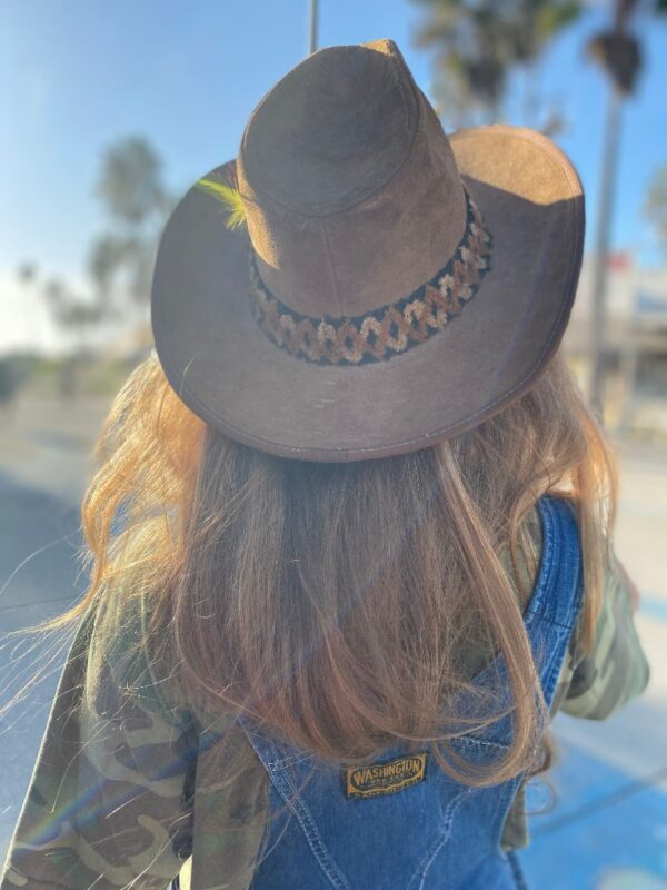 product details: VINTAGE STETSON OUTBACK SUEDE LEATHER COWBOY HAT W/ FEATHER photo