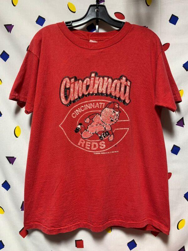 product details: 1987 CINCINNATI RED SPORTS TEAM GRAPHIC T-SHIRT photo