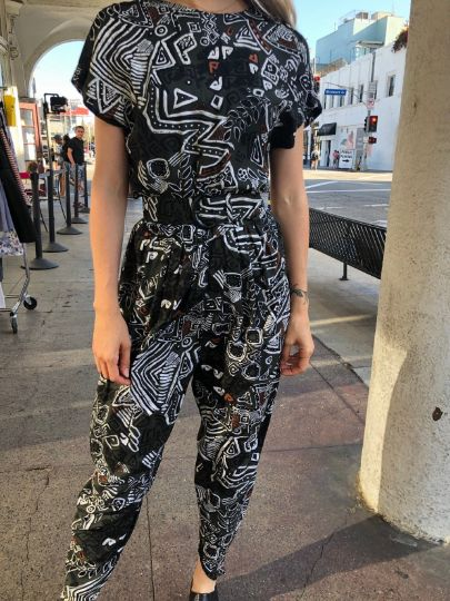 product details: ETHNIC PRINTED SHORT SLEEVE BELTED JUMPSUIT 7-34 photo