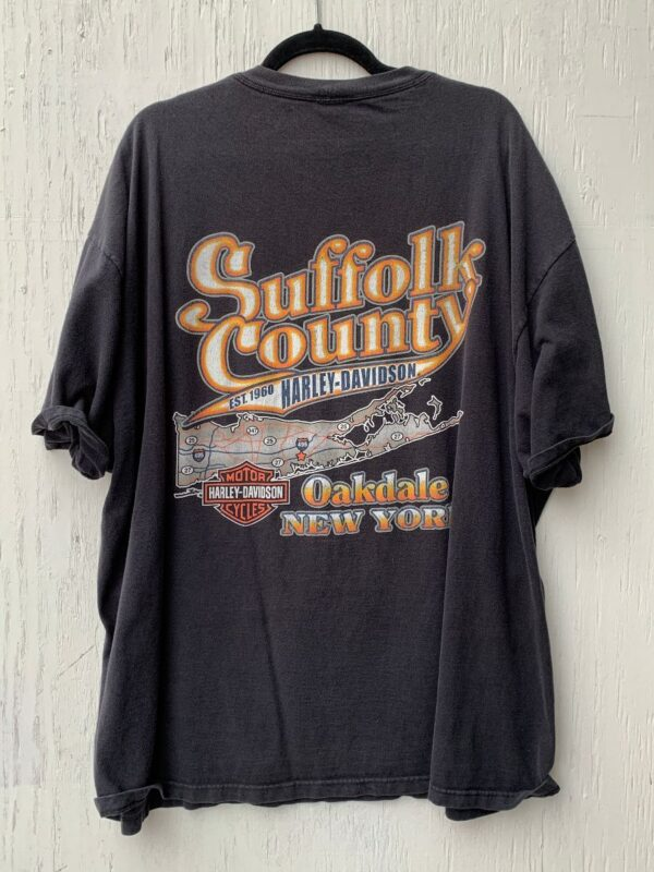 product details: HARLEY DAVIDSON SUFFOLK COUNTY OAKDALE NEW YORK GRAPHIC T-SHIRT AS-IS photo