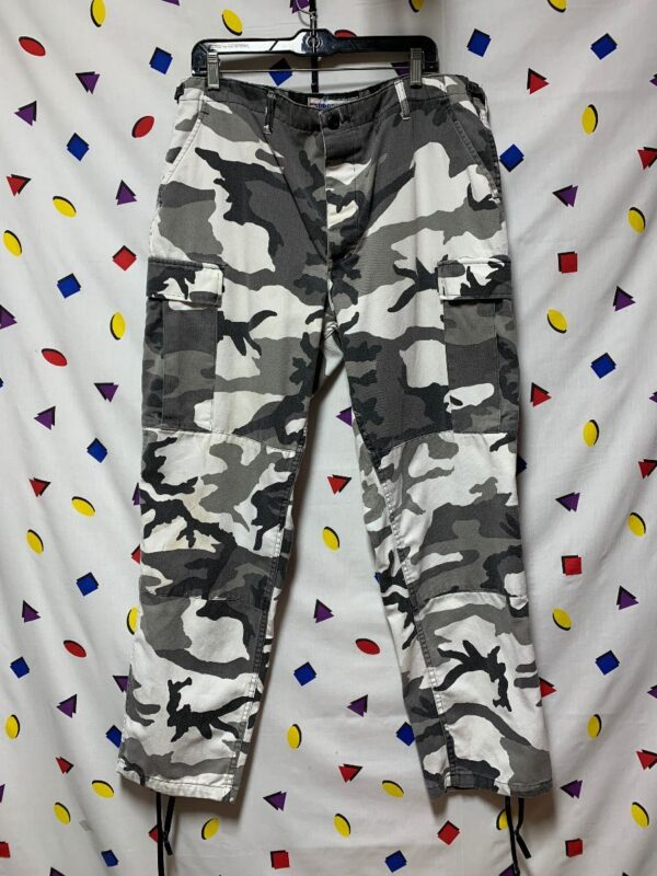 product details: ARMY GREY SNOW CAMO CARGO COTTON CAMOUFLAGE PANTS photo