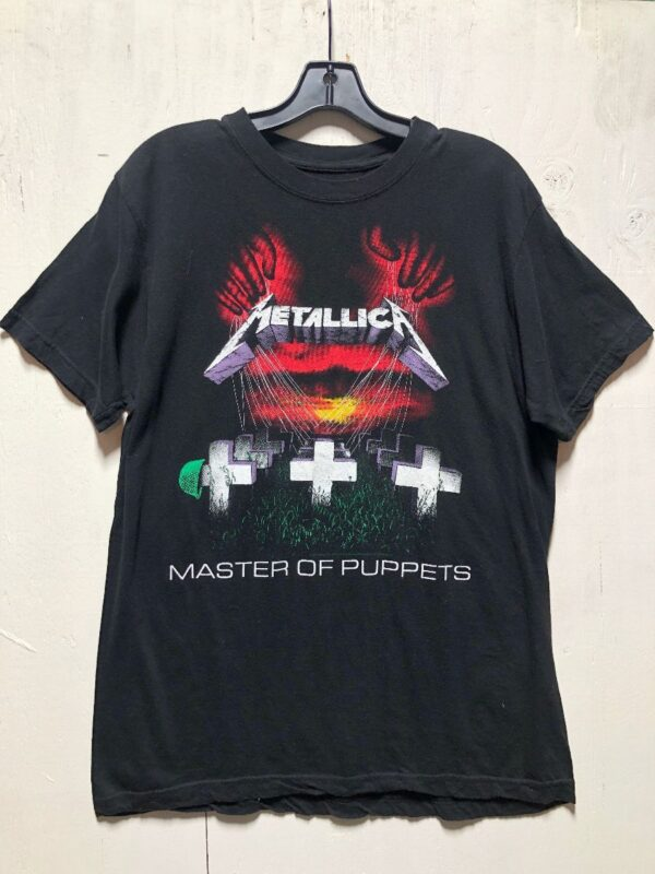 product details: METALLICA MASTER OF PUPPETS GRAPHIC BAND T-SHIRT 2007 photo