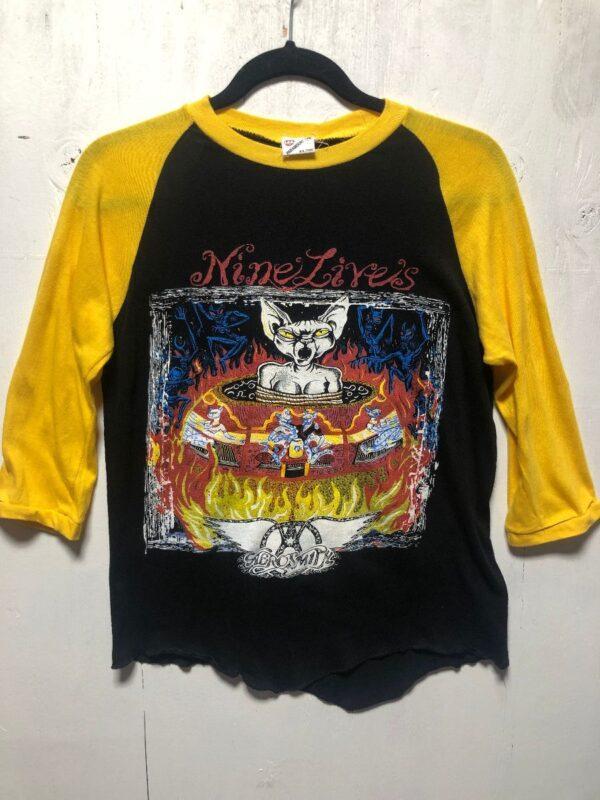 product details: DEADSTOCK AEROSMITH NINE LIVES 97-99 TOUR RAGLAN BASEBALL TEE T-SHIRT photo