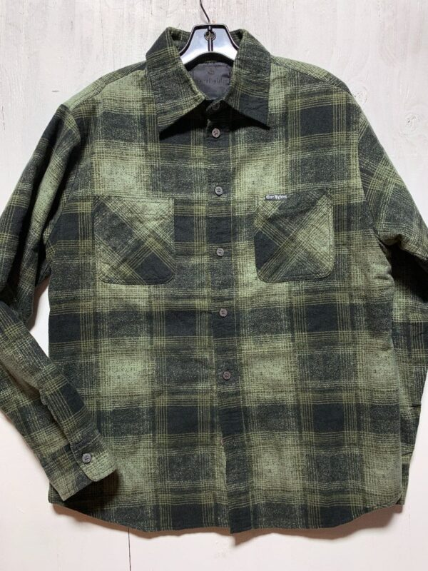 product details: FLANNEL LONG-SLEEVE BUTTON-UP WITH PUFFY INTERIOR AND DUAL FRONT POCKETS photo