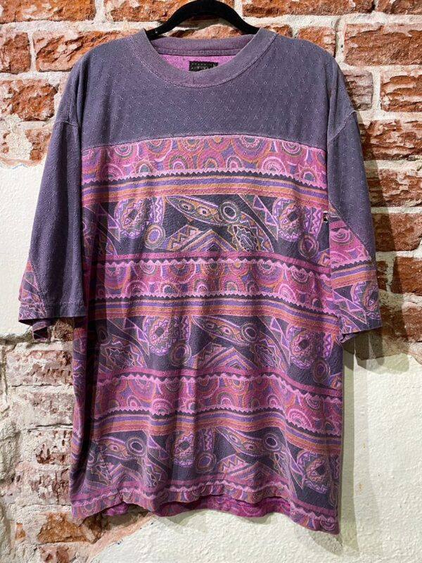 product details: COOL 90S T-SHIRT FUNKY DESIGN HORIZONTAL STRIPE PRINT LACE KNIT TEXTURE AS-IS photo