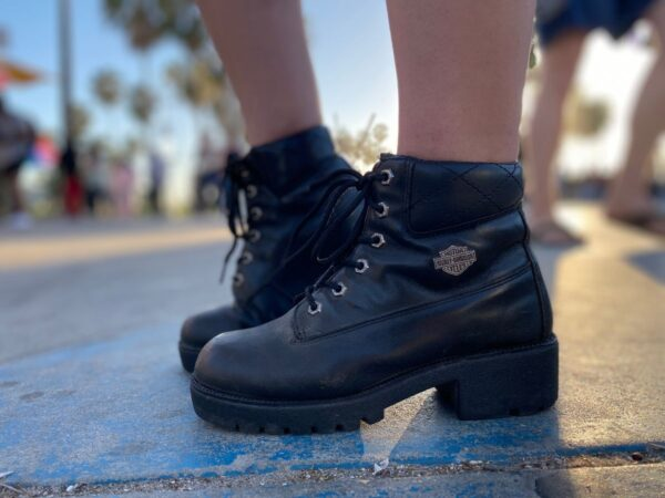 product details: AWESOME CHUNKY LEATHER LACE UP HARLEY DAVIDSON ANKLE BOOTS photo