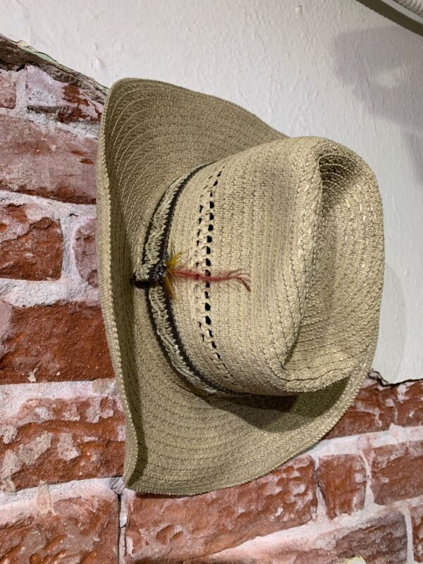product details: WOVEN STRAW COWBOY HAT W/ GRAY STRIPED WOVEN BAND & FEATHER AS-IS photo