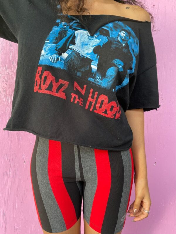 product details: BOYZ IN THE HOOD GRAPHIC TEE CROPPED photo