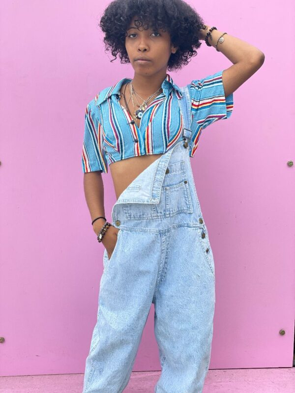 product details: SUPER CROPPED 1970S MULTICOLOR STRIPED COLLARED BUTTON-UP BLOUSE photo