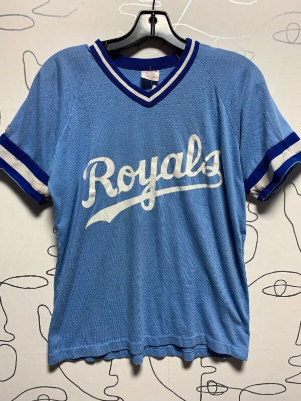 product details: AS IS - ROYALS GOODRICH 15 GRAPHIC STRIPED TRIM T-SHIRT photo