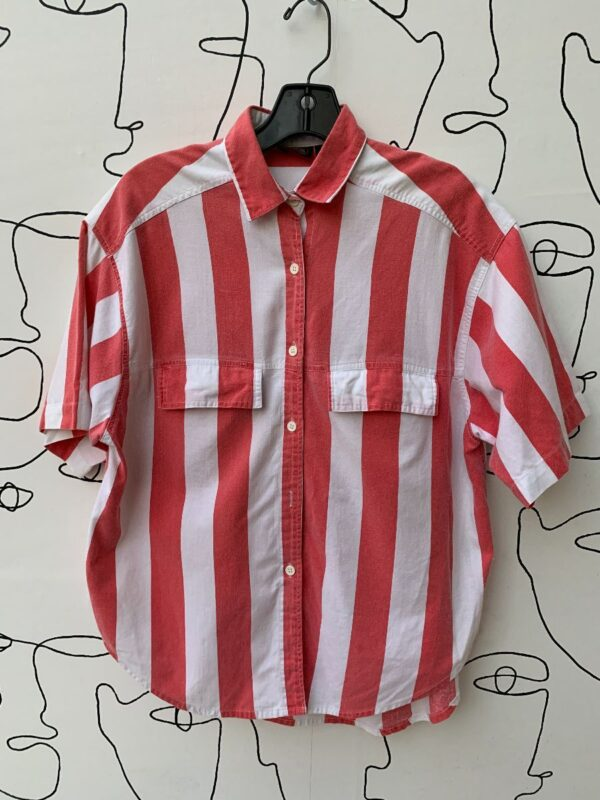 product details: 100% COTTON VERTICAL STRIPED SHORT SLEEVE BUTTON UP COLLARED BLOUSE photo