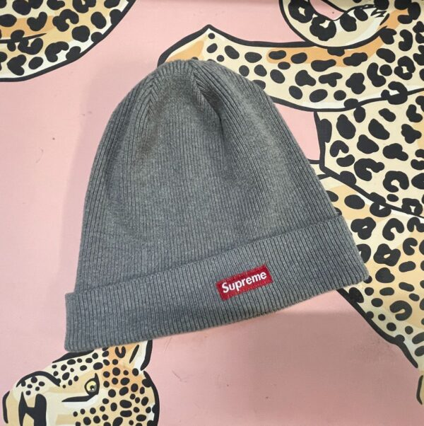 product details: CLASSIC SUPREME RIBBED KNIT BEANIE photo