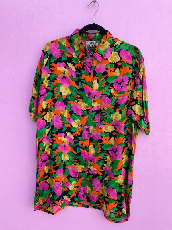 product details: SHORT SLEEVE BUTTON DOWN RAYON FLORAL PRINT SHIRT photo